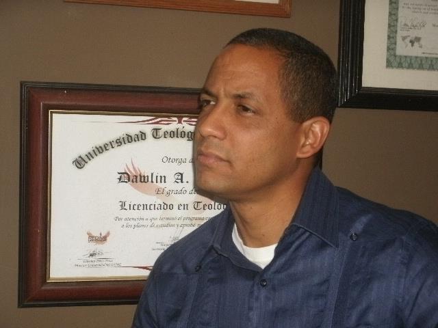 Licenciado Dawlin A. Ure�a